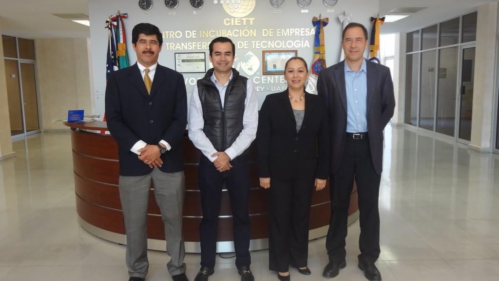 Visita de Alejandro Huesca