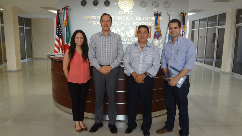 Su-Secretaría de Desarrollo Regional Mario Ayala, Director  Vicente Garcilaso – Asesor en Finanzas