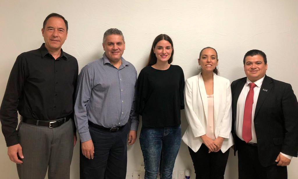 """Visitan """"Un Techo para Todos"""" y WTC Monterrey a CANADEVI"""