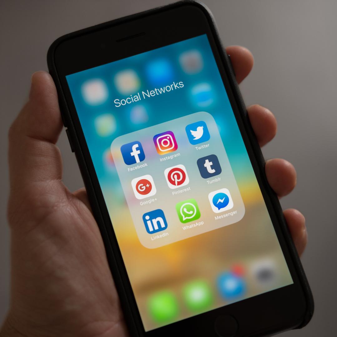 Las benditas redes sociales
